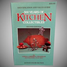 Old Paperback Reference Book – 300 Years of Kitchen Collectibles 2nd Edition