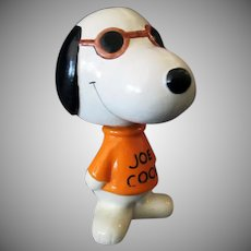Vintage Joe Cool Snoopy Bobblehead Nodder – 1966 United Features Syndicate