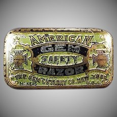 Vintage American Gem Wedge Razor Blade Tin