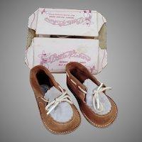 Vintage Gertrude Little Kicker Baby Shoes – Like New