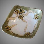 Vintage Nippon Salt Dip – Unusual Form and Fun Floral Design