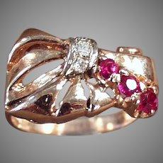 Ladies Vintage Retro Rubies & Diamonds 14k Rose Gold Ring