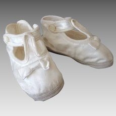 Vintage White Satin Baby Shoes with Little Bows, Newborn Size