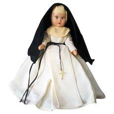 Vintage Nancy Ann Storybook Nun Doll in White Habit – Hard Plastic