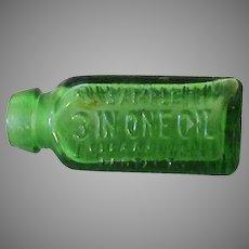 Vintage Sample 3 in One Oil – Little Green Glass Bottle 3 in 1