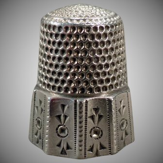 Vintage Sterling Silver Sewing Thimble - Paneled with Decorative Geometric Designs