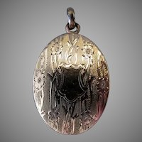 Vintage Double Picture Oval Locket - W.G.Clark Gold Filled with Beautiful Detail