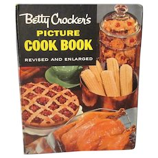 Vintage Betty Crocker's Picture Cook Book Second Edition Recipe Book