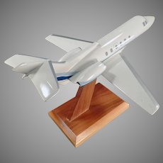 Vintage Executive Desk Airplane Model - Raytheon Hawker 700 Jet - Micro West
