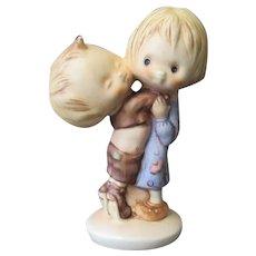 Vintage Betsey Clark Friends West Germany Goebel Figurine – 1972 Hallmark Copyright
