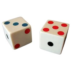 One Pair of Vintage Bakelite Dice with Colored Pips