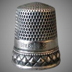 Vintage Sterling Silver Goldsmith Stern Thimble – Nice Diamond Design - Size 11