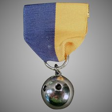 Vintage 1945 Sterling Silver Two Finger Bowling Ball Sports Medal
