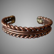 Vintage Copper Bracelet with Twisted Wire Design