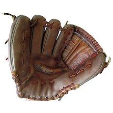 Vintage Right-Handed Leather Baseball Mitt – Wilbur Wood Autograph Model Registered #60-21208 Glove