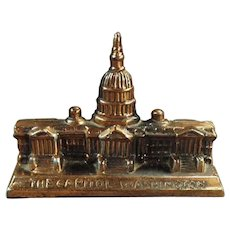 Vintage Desktop Paperweight - The Capitol Building in Washington D.C.