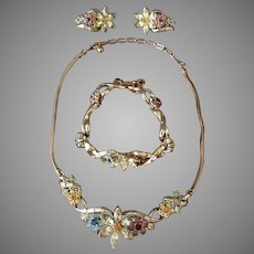 Vintage Coro Signed Costume Jewelry Parure Starburst Flower Pastel Color 3 Piece Set