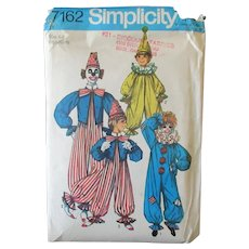 Vintage 1975 Halloween Clown Costume Pattern – Simplicity #7162  Size 6-8