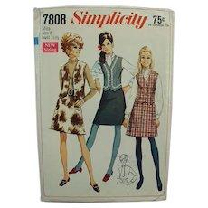 Vintage Simplicity Pattern #7808 - 1960's Mod Skirt & Vest - Misses 8