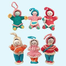Six Vintage Miniature Crocheted Dolls - Group of 6