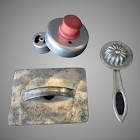 Vintage Kitchen Utensils – Necessities for Baking Perfection of Old