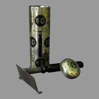 Vintage 1907 Dime Safety Razor with Original Tin - International Safety Razor Company
