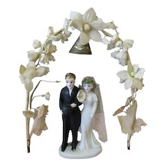 Vintage Wedding Cake Topper with Bride & Groom Under Flowered Arch