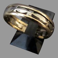 Vintage 14k Two Toned Yellow and White Gold Wedding Band Ring