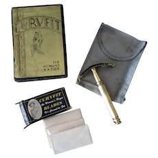 Vintage Curvfit Ladies Safety Razor with Original Pouch, Blades and Box
