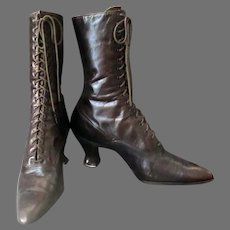 Ladies' Vintage High Top Leather Shoes - French Heels and Laces