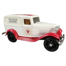 1986 Ertl #3 Texaco Ford Delivery Van Bank - Old Ertl Die Cast