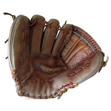 Vintage Right-Hand Leather Baseball Mitt Glove – Wilbur Wood Autograph Model Registered #60-21208