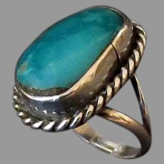 Vintage Native American Turquoise and Sterling Ring – Size 5 1/2+
