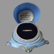 Vintage High Domed Clamshell, Blue Ring Box - Very Pretty