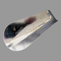 Vintage Metal Advertising Shoe Horn – Thom McAn Shoes