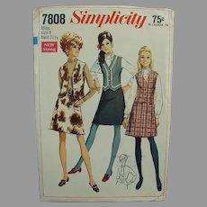 1960's #7808 Simplicity Pattern - Mod Skirt & Vest - Misses 8