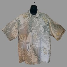 Vintage Size XXL - Hawaiian Style Shirt - Majestic Casual with Hibiscus Flower Design