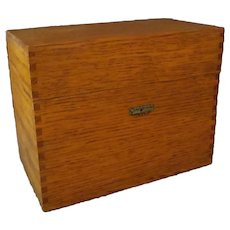 "Vintage Oak File Box – 4""x6"" Index Card Size – Globe Wernicke"