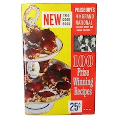 Vintage Pillsbury 4th Grand National Bake-Off Recipe Booklet -1952 1st Edition