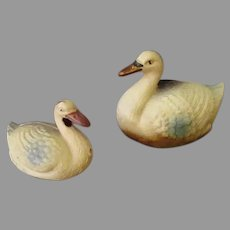 Two Vintage Celluloid Swan Toys that Float – Small and Smaller