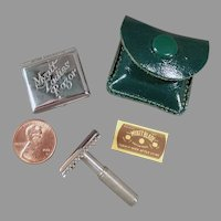 Vintage Ladies Safety Razor Myatt Set with Original Tin and Blade