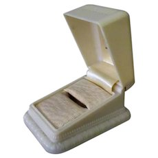 Vintage Ring Box – Early Cream Colored Plastic with Nice Design