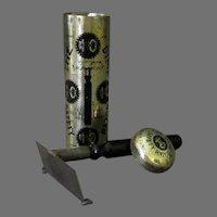 Vintage 1907 Dime Safety Razor - Original Tin - International Safety Razor Company