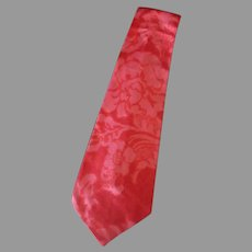 Vintage Necktie – Long and Wide with a Floral Design in Shades of Pink