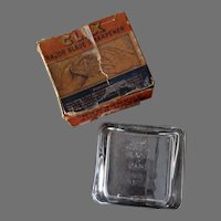 Vintage Safety Razor Blade Sharpener - Glass Clix with Original Box