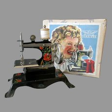 Vintage Toy Sewing Machine with Poppies in Original Box – Casige British Zone Germany