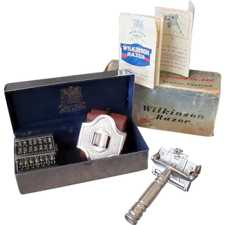 Complete Vintage Wilkinson Sword Razor 7 Day Model & Original Presentation Box with Instructions