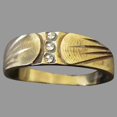 Man's Vintage 14k Gold Wedding Band Ring with Bright-cut White Gold – 10 ½+