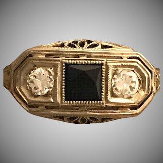 Exquisite Original Art Deco 18 k Diamond and Sapphire Filagree Three Stone Ring