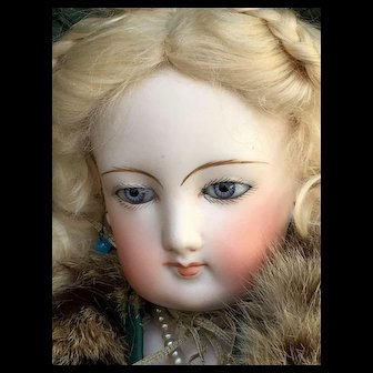 FG french fashion bisque doll size 5